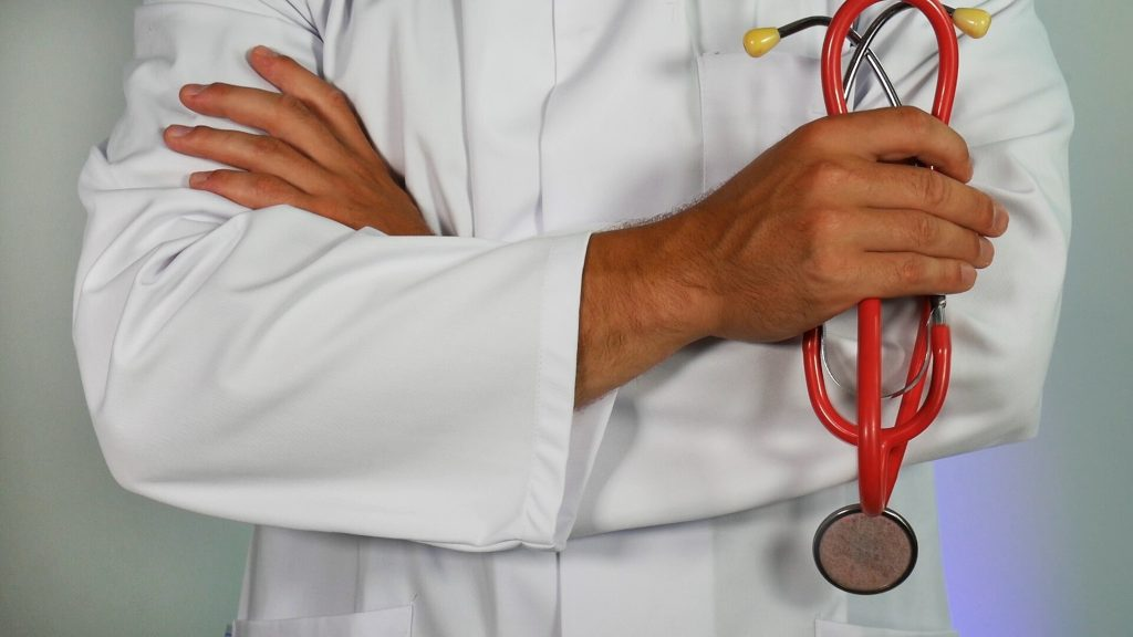 doctor-with-stethoscope-1024x576.jpg